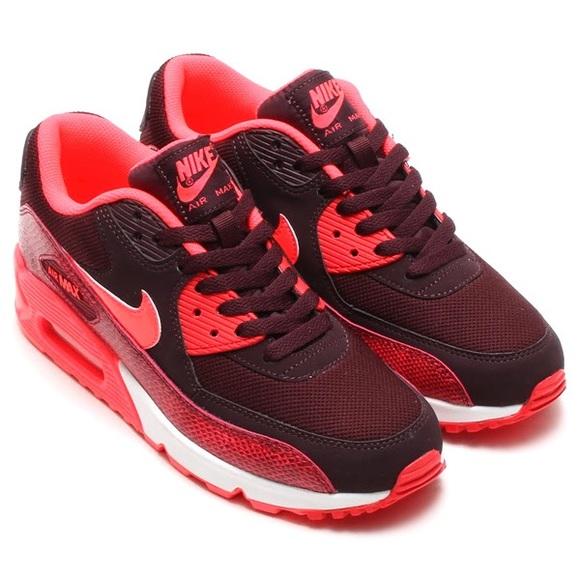 separation shoes 8022d 66929 M 5c0e906b12cd4acddb5573d6